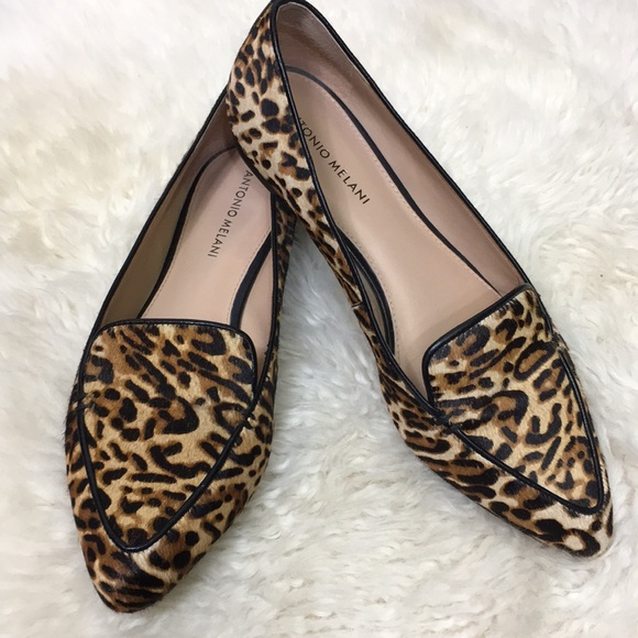 3d24efa3dc4 ANTONIO MELANI Shoes - Antonio Melani Size 9 Animal Print Loafers EUC